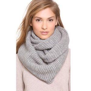 CLUB MONACO Wool Chunky Knit Infinity Scarf Grey